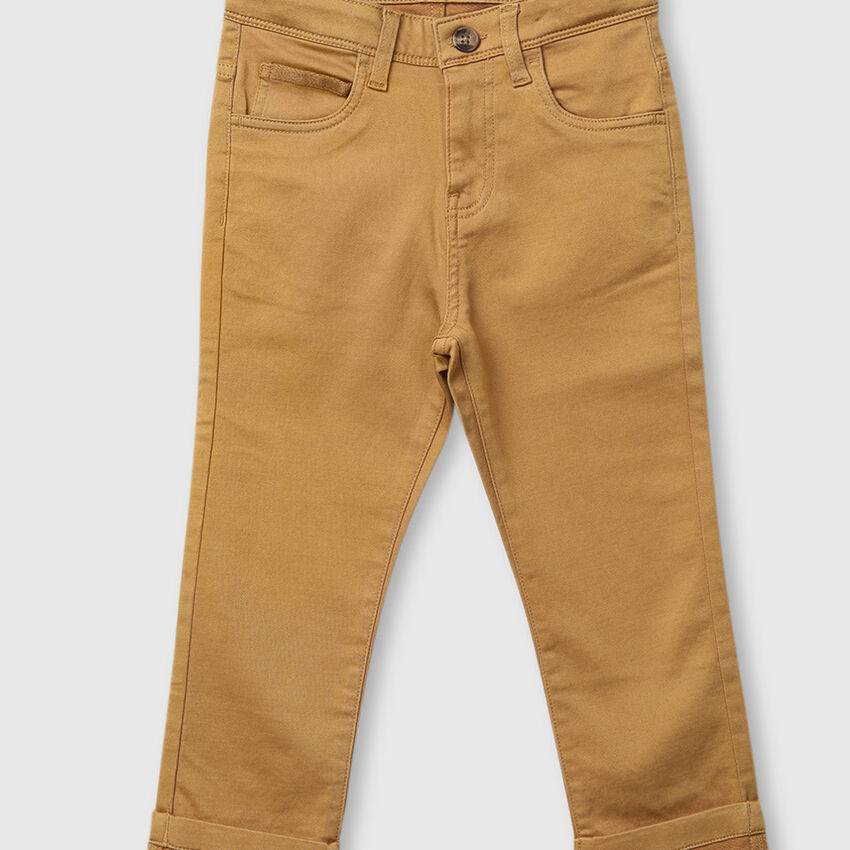 Slim-fit knitted trousers